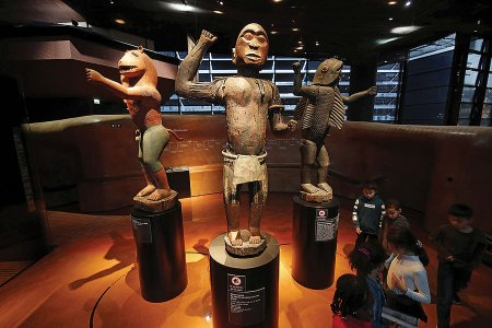 AfricanArt-Looted